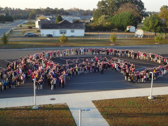 Thank you to the students at Mispillion Elementary School in Milford, DE for participating in a Pink Links campaign during the month of October. Donations of 25 cents earned a link. Students raised $929.25 for DBCC! How incredible are these kids?